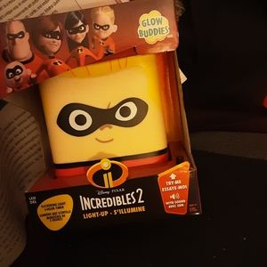 BNIB INCREDIBLES 2 DASH GLOW BUDDY *REDUCED*